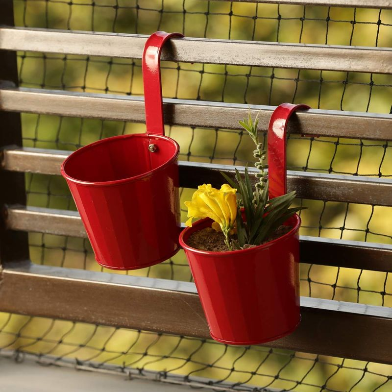 ExclusiveLane Decorative Metal Railing Planter