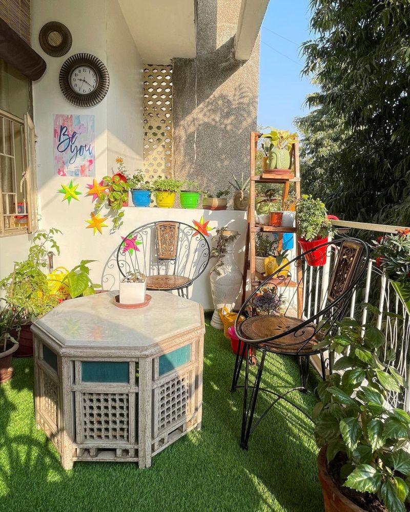 10 Best Instagram Accounts to Follow for Balcony Decor Inspiration